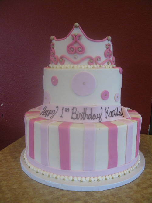 Kids Cakes Tiered