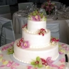 plain-fondant-with-orchids